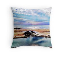 Beautiful beach days Throw Pillow