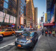 NYC Random Scene by Yhun Suarez