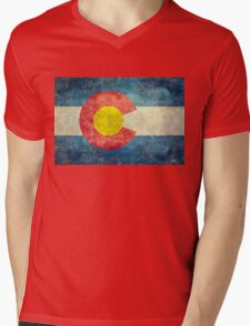 Colorado State Flag with vintage retro style treatment Mens V-Neck T-Shirt