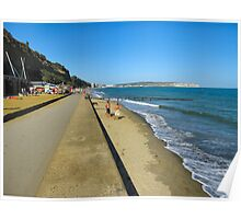 Fun on the seaside.. Poster