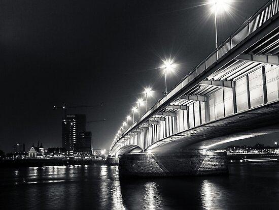 Under the Deutzer bridge by Markus Landsmann