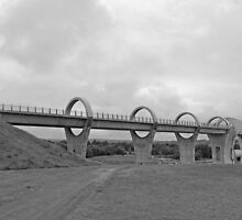 Falkirk Wheel - Black and White by Dawn (Paris) Gillies