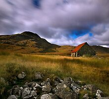 Droma Bothy by John Ellis