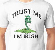 """Funny Irish """"Trust Me I'm Irish"""" Unisex T-Shirt"""