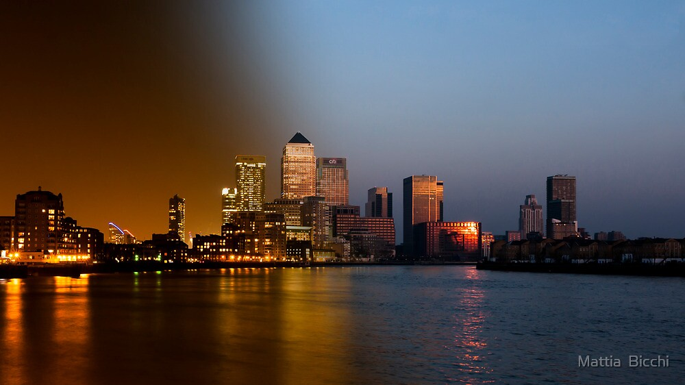 Sunset/Night Canary Wharf by Mattia  Bicchi Photography