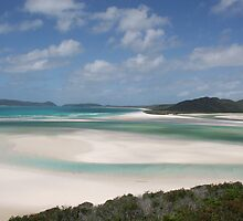 Whitehaven Beach by cjdolfin