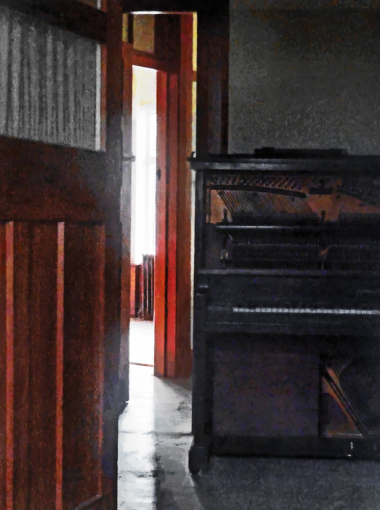 Piano Decay by PictureNZ