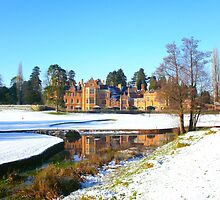 Welsh Country House in Winter by leanne0333