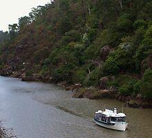 Tamar River, Launceston, Tasmania by brendanscully