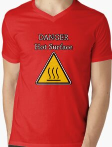 Danger I´m HOT Mens V-Neck T-Shirt