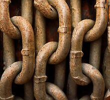 Chains by Josef Pittner