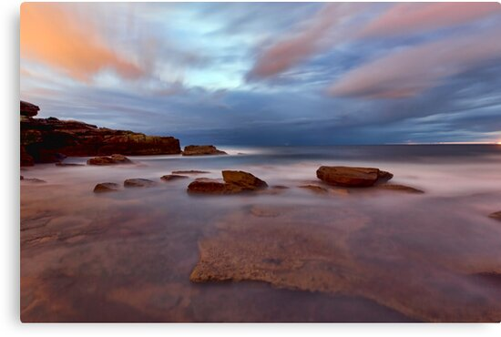 A Shot in the Dark - Little Bay, NSW by Malcolm Katon