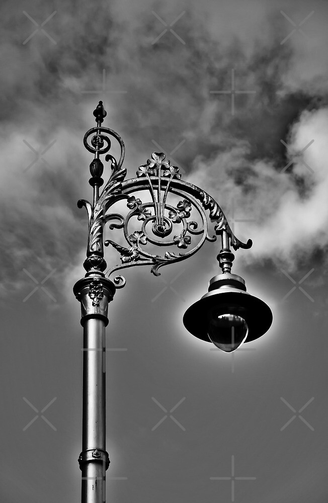 Dublin in Mono: Street Lamp by Denise Abé