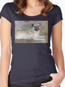 Pug Pose Women's Fitted Scoop T-Shirt