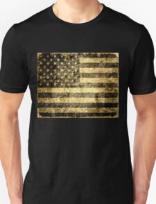 Old American Flag Grunge Cracked Wall T-Shirt