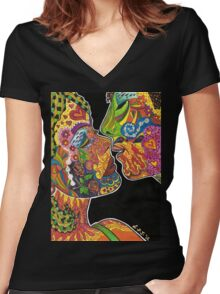 Just Before The Kiss Women's Fitted V-Neck T-Shirt