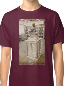 Bronze Statue, Boy Reading Book, Kansas City Library, Grunge Classic T-Shirt