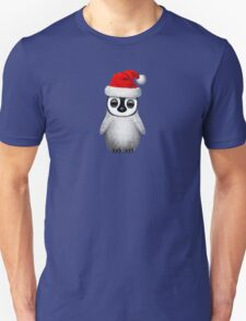 Baby Penguin Wearing a Santa Hat  T-Shirt