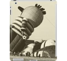 Funny Hot Air Balloon, Vintage Style Photo iPad Case/Skin