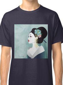 Japanese woman Classic T-Shirt