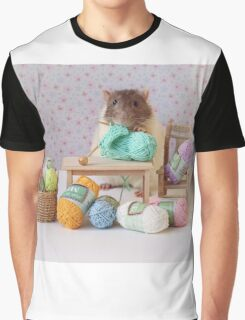 Snoozy wanted to knit ! Graphic T-Shirt