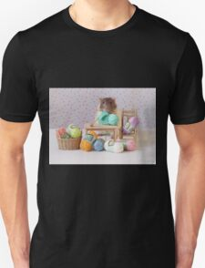 Snoozy wanted to knit ! T-Shirt