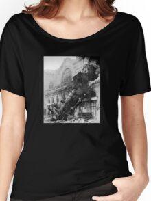 Train wreck Women's Relaxed Fit T-Shirt