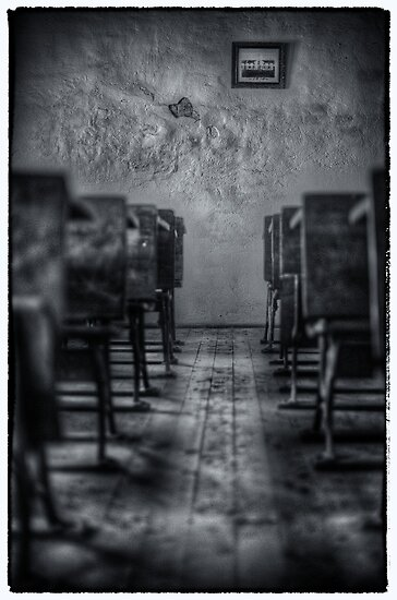 Garroorigang Classroom by Ian English