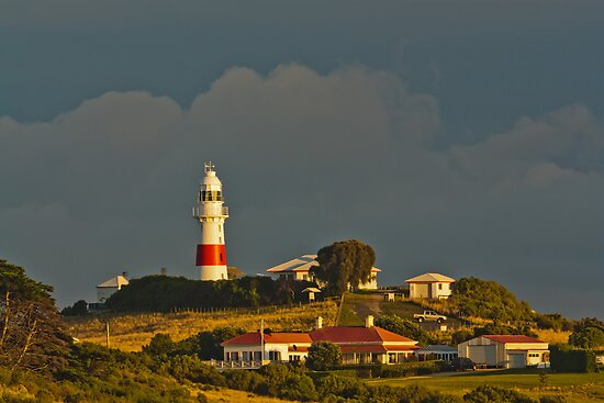 Low Head Lighthouse Tasmania by fotosic