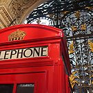 London Telephone Box by TheLondonphile