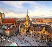 Marienplatz in Munich by jonshock