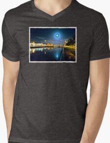 Moonlit night on Merchant´s Quay 003 Mens V-Neck T-Shirt