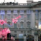 Light show on Buckingham Palace by graceloves