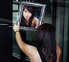 Mirror by annacuypers