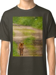 Fox out for a walk Classic T-Shirt