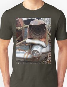 Old Fender of a Wrecked Retro Car T-Shirt