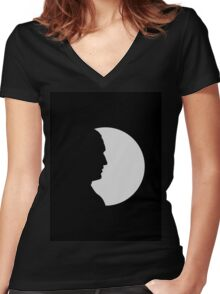 ninth doctor shadow Women's Fitted V-Neck T-Shirt