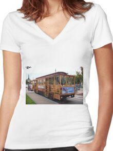 San Francisco Cable Car Women's Fitted V-Neck T-Shirt