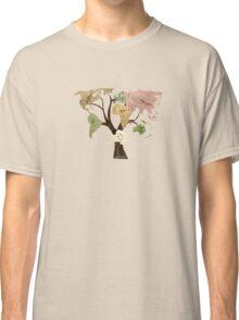 Earth Tree (Birds) Classic T-Shirt
