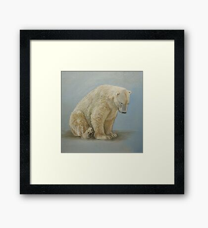 Polar bear sitting Framed Print
