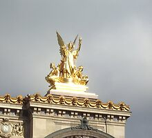 Une Statue de l'Opera Garnier 3 by travisferrell