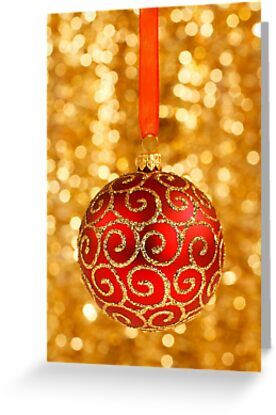 Christmas Bauble on Gold by taiche