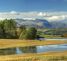 Wise Een Tarn & The Southern Fells by Jamie  Green