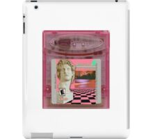 Macintosh Plus Vaporwave Gameboy Cartridge  iPad Case/Skin