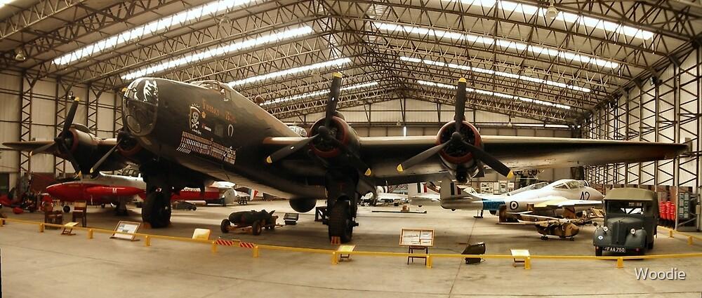 HP Halifax Bomber @ YAM by Woodie