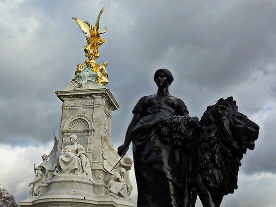 'Queen Vic Memorial'  by Matt Jewitt