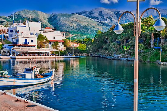 SISSI HARBOUR, CRETE..! by vaggypar