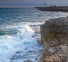 Portland Bill Lighthouse by bethadin