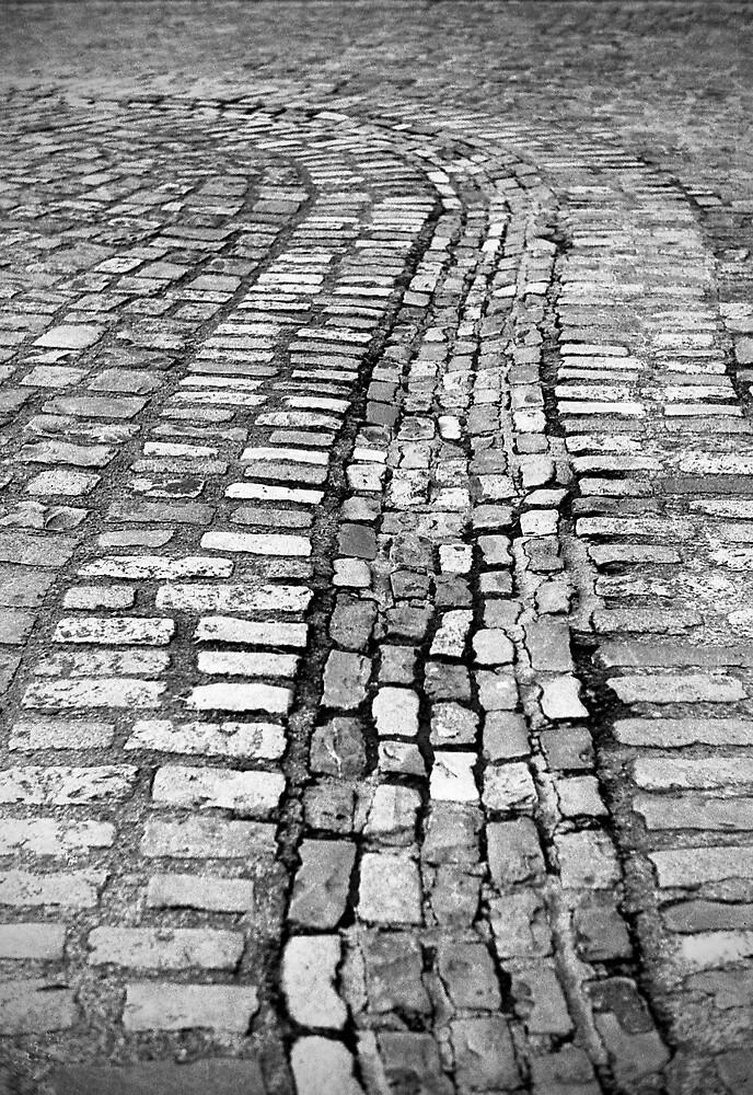 Cobblestone lines by Esther  Moliné