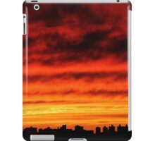 Cloudy Sunset in New York City  iPad Case/Skin